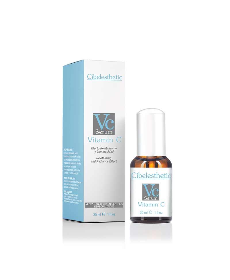 Contiene vitamina C , ácido hialurónico y vitamina A, activos con propiedades antioxidantes y reparadoras, que protegen del fotoenvejecimiento, aclaran las manchas y revitalizan la piel.